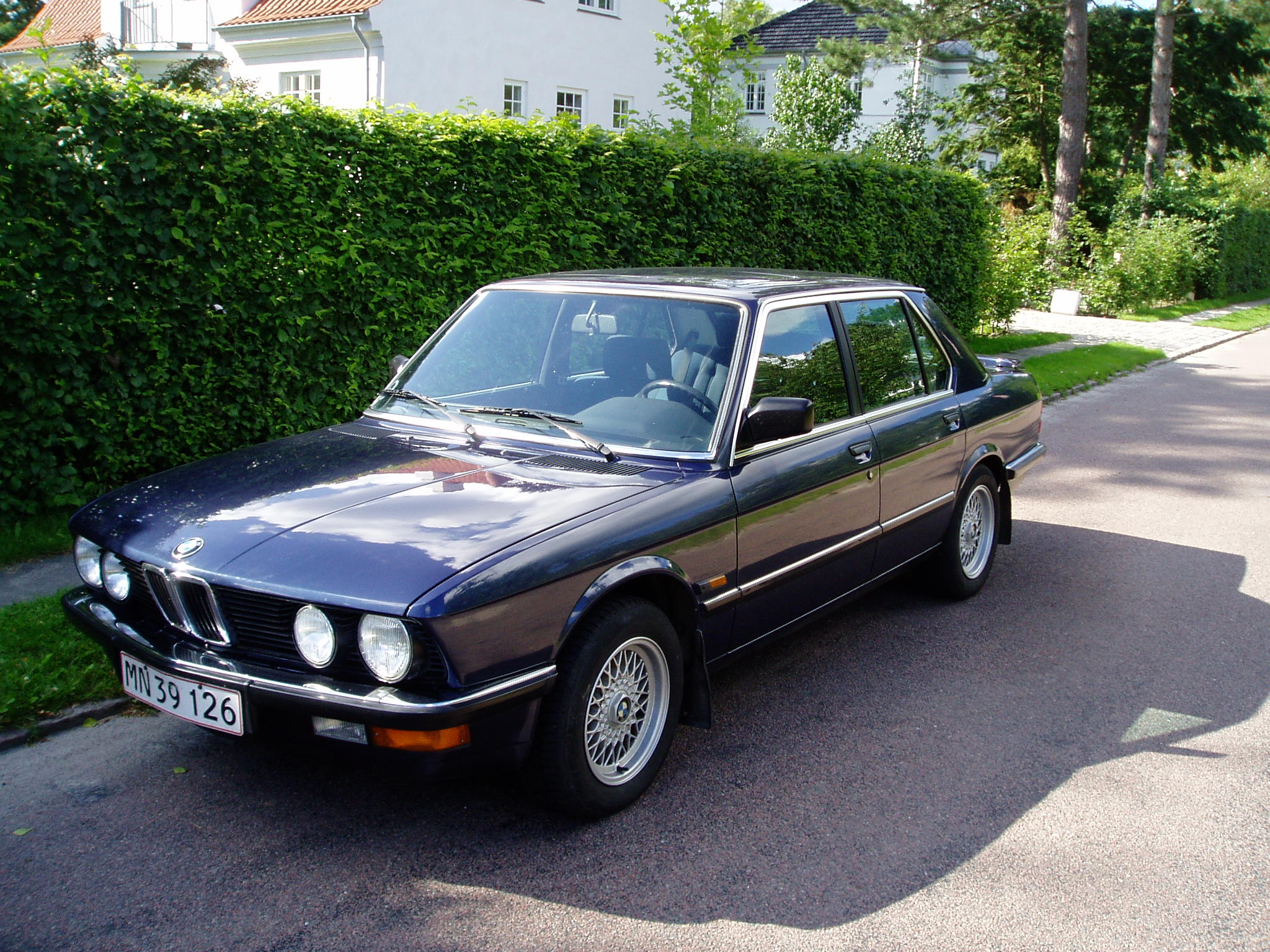 Bmw 5 Series E28 Gallery And Specs