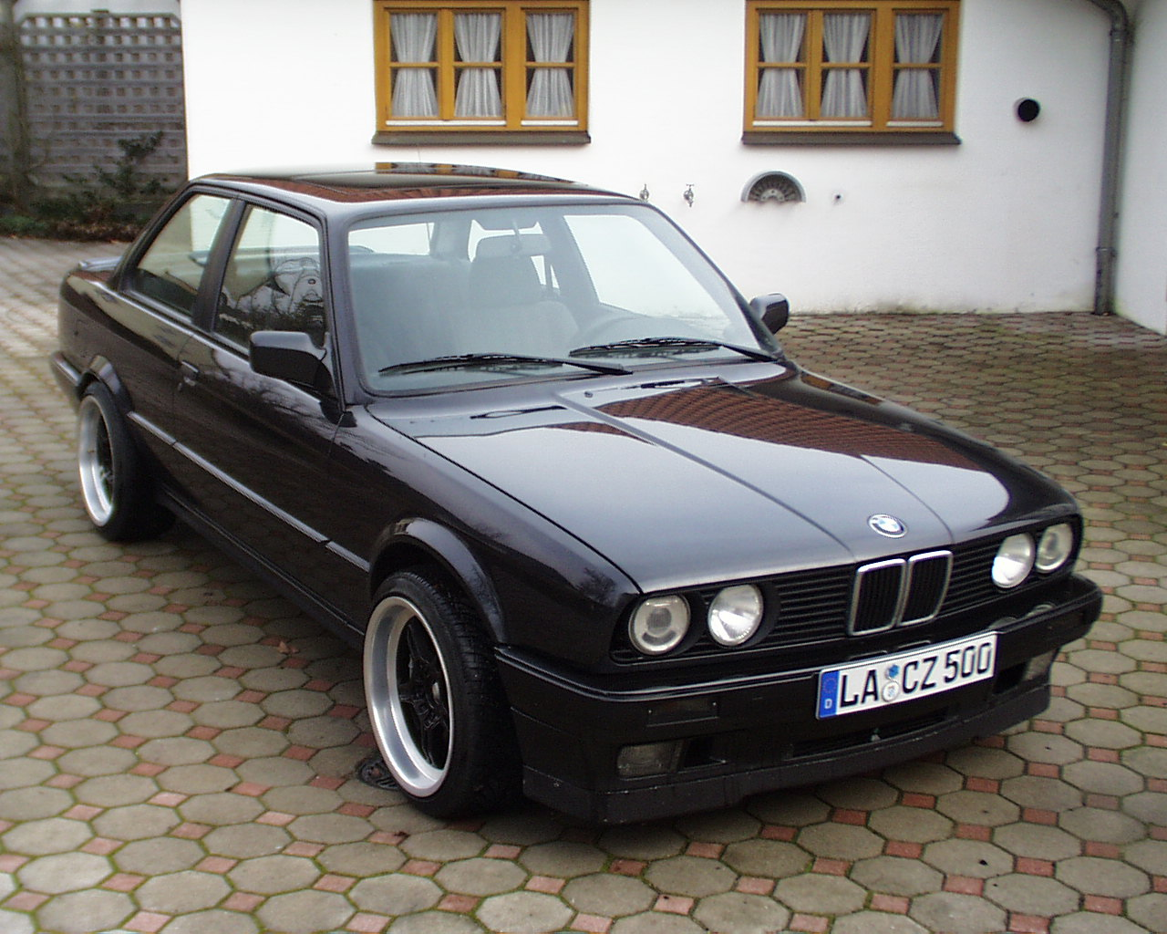 Bmw 3 Series E30 Gallery And Specs Bimmerin