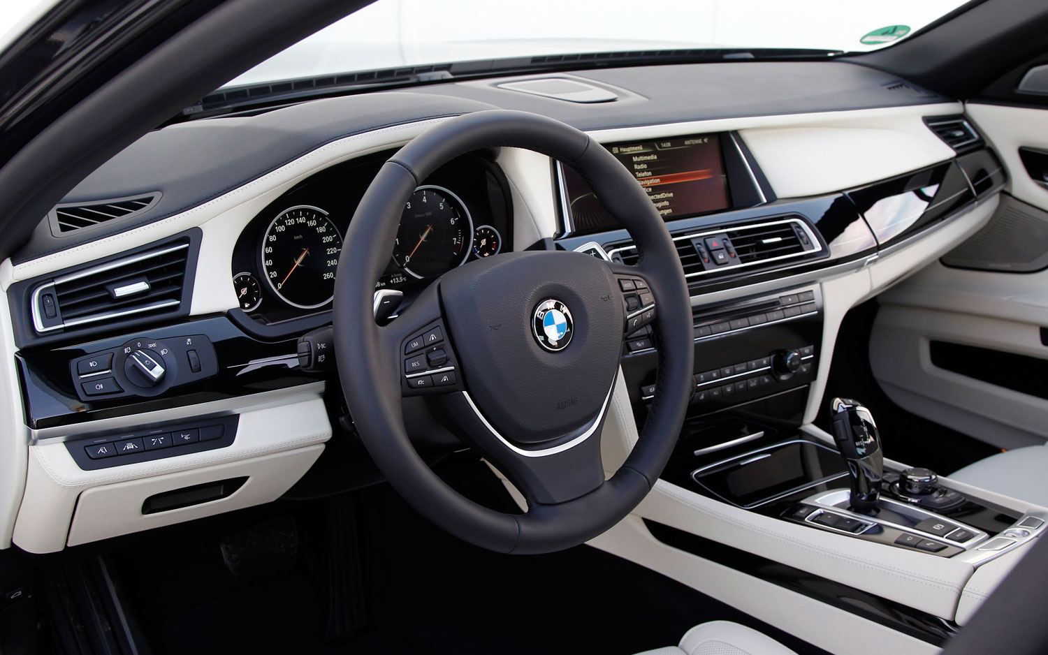 Bmw 7 Series F01 Gallery And Specs Bimmerin