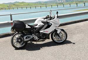 BMW F800GT Unencumbered with Excesses