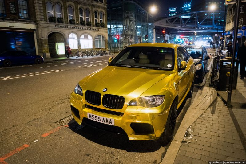 Golden BMW X6 in London